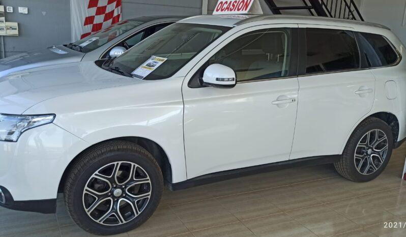 Mitsubishi Outlander 2.2 Diesel full